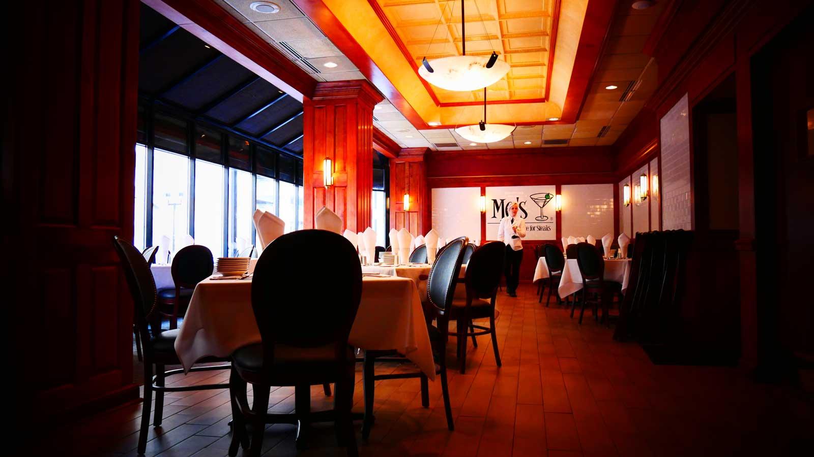 inside-mos-steakhouse.jpg