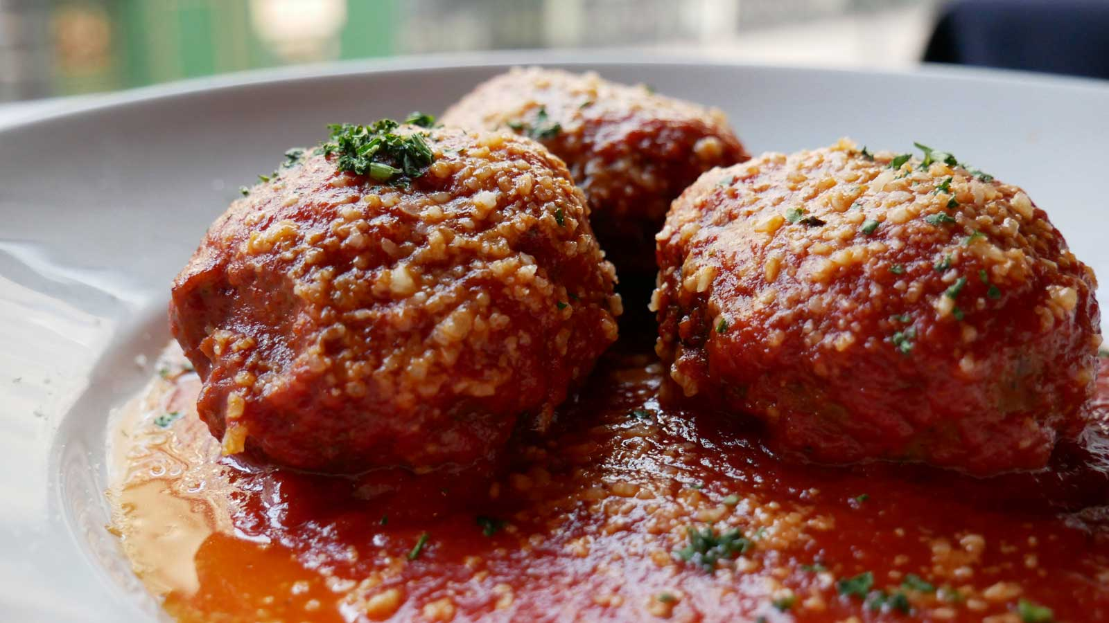 steakhouse-menu-favorites-meatballs.jpg