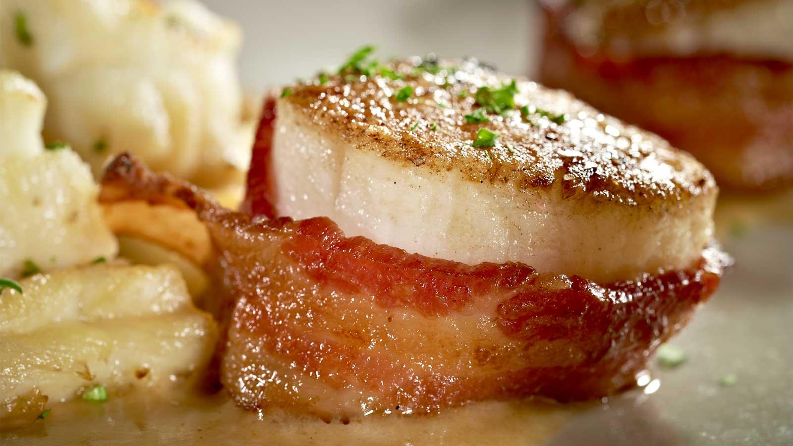 Mo's-scallop-with-bacon-scallops.jpg