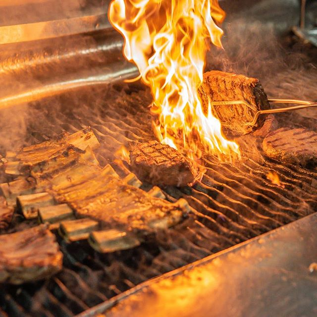 How we flame-grill our ribs and steaks.  ANZAC Day open 12pm til late. - - - - #wagyu #sydneyfoodies #wagyubeef #sydneyeats #meatlover #sydneyfoodie #bbqmeat #sydneyfoodies #bbqbeef #meat #steakrestaurant #hurricanes #hurricanesgrill #wagyusteak #steak #meat #meatlovers #bbq #chatswood #chatswoodeats #chatswoodchase #westfield #northsydney #steakandchips #bbqaddiction #eeeeeats #steakdinner #hot #delicious