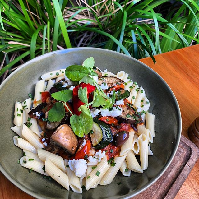 Beautiful specials today : Mediterranean penne pasta with roast vegetable,kalamata olives, semi dried tomato in napoletana sauce topped with feta crumble ..#sydneyfoodguide #mediterraneanfood #fresh#lunchspecial #eeeeeats #sydneyfoodblog #sydneycafes