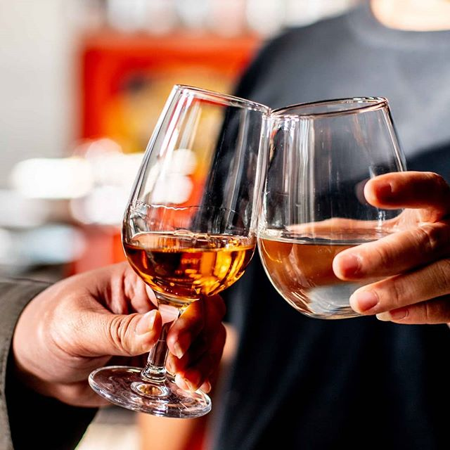 Happy World Whisky Day!  Celebrate the spirit of Whisky day, today we invite you all to try our water of life.  Izakaya Fujiyama has a large range of whisky - have it on the rocks, with a mixer, or if you like - neat.  Cheers!  #sydneyjapaneserestaurant #japaneserestaurant #japanese #japanesecuisine #whisky #sydneyfoodies #sydneylifestyleblogger #foodiesofsydney #sydneyfoodblogger #sydneyfood #sydneyfoodie #sydneyrestaurant #sydneyeats #whiskeyagogo #whiskys #whiskyporn #whiskylover #whiskycocktail #alcohol #worldwhiskyday #whiskygram #whiskysour #japanesewhisky #whiskybar #drinks #drinking #whiskyglass #weekend #sydneybar #sydneybars
