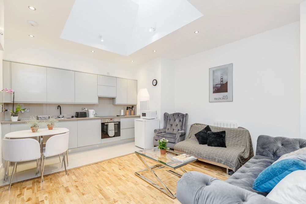 Kennington Apartment London