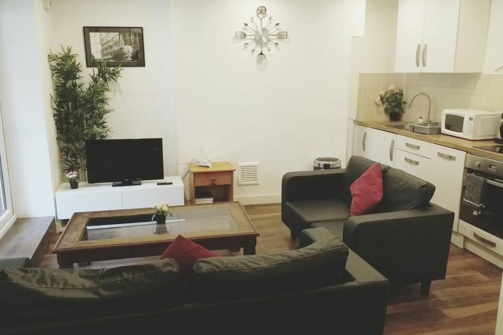 Clapham Apartment