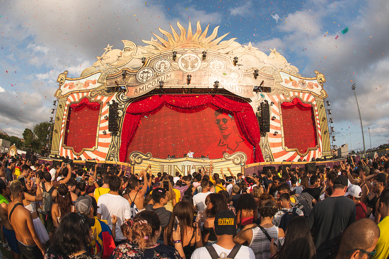 UNITE-with-tomorrowland-barcelona-lost-frequencies-3.jpg