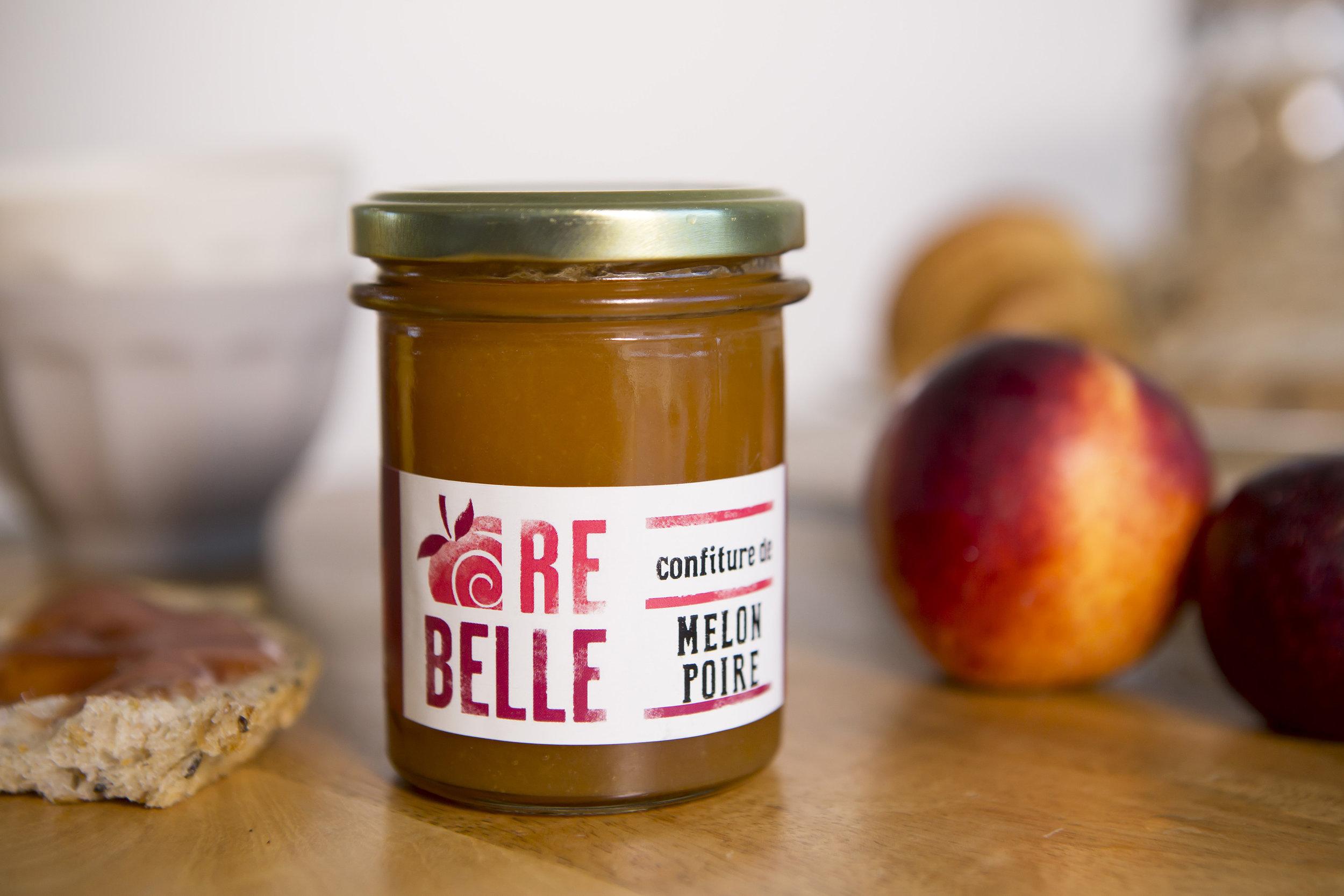 Re-Belle - Chez Re-Belle, nous récupérons les fruits écartés des circuits de distribution pour en faire des confitures de qualité, riches en fruits sauvés !Nous proposons des recettes gourmandes, originales, impertinentes, bref des associations définitivement Re-Belle !Voir le site