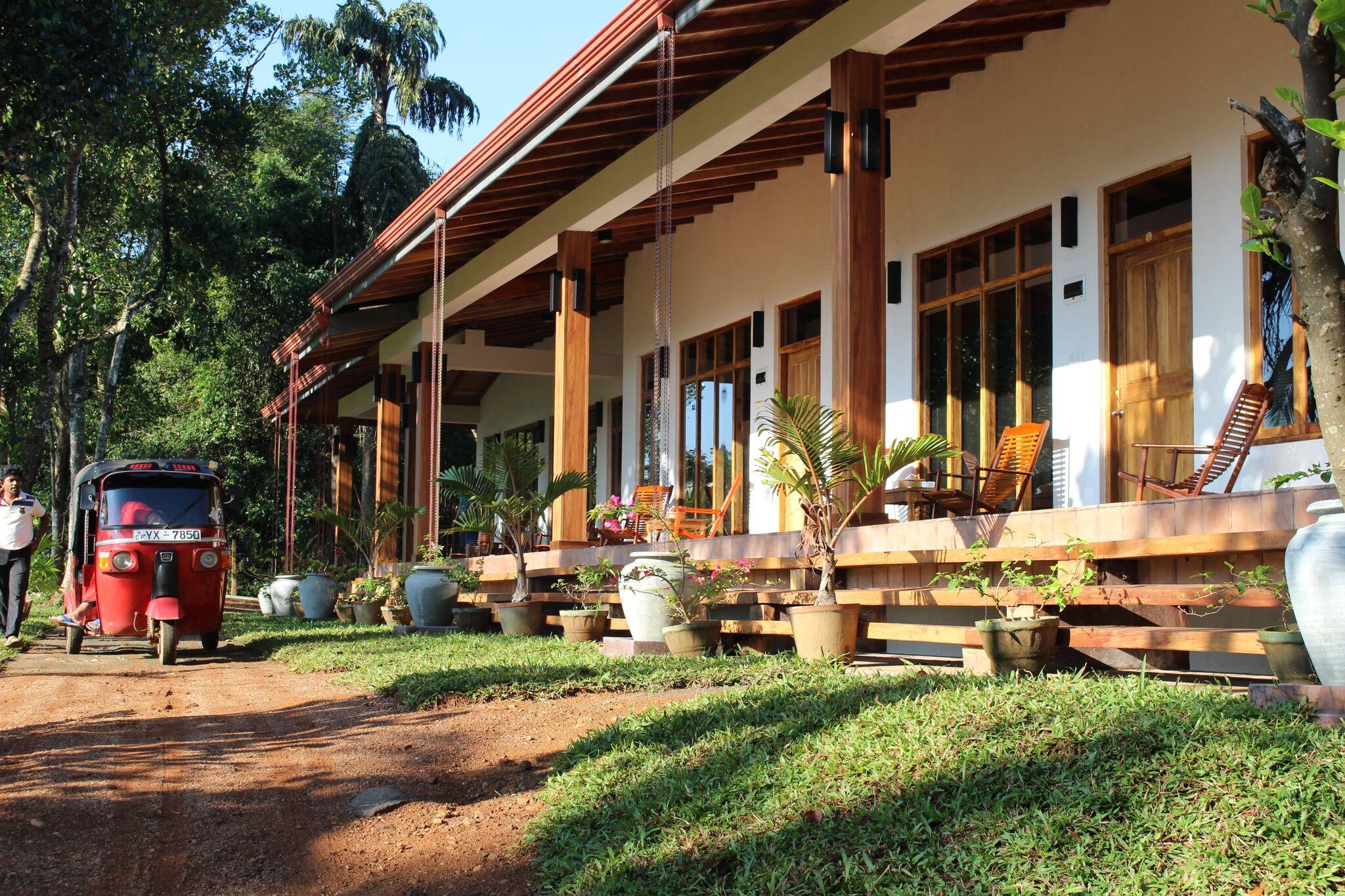 jim's farm Villas -