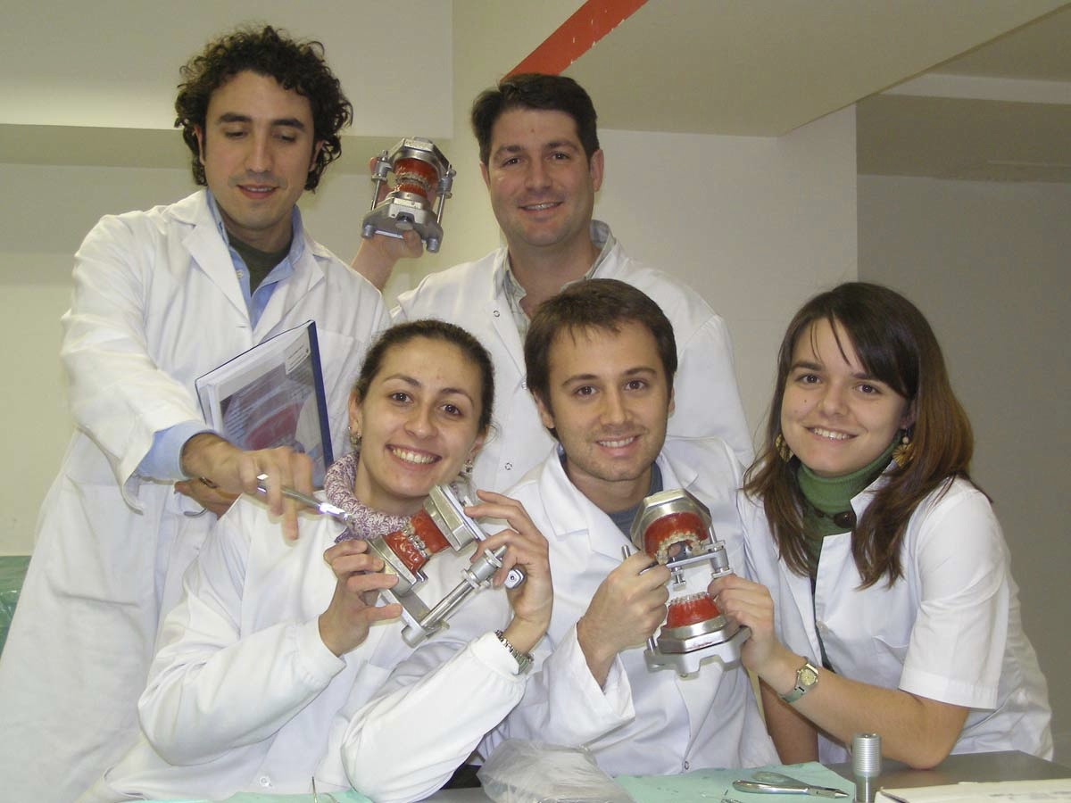 Orthodontic Training over Typodont - 2006- Spain