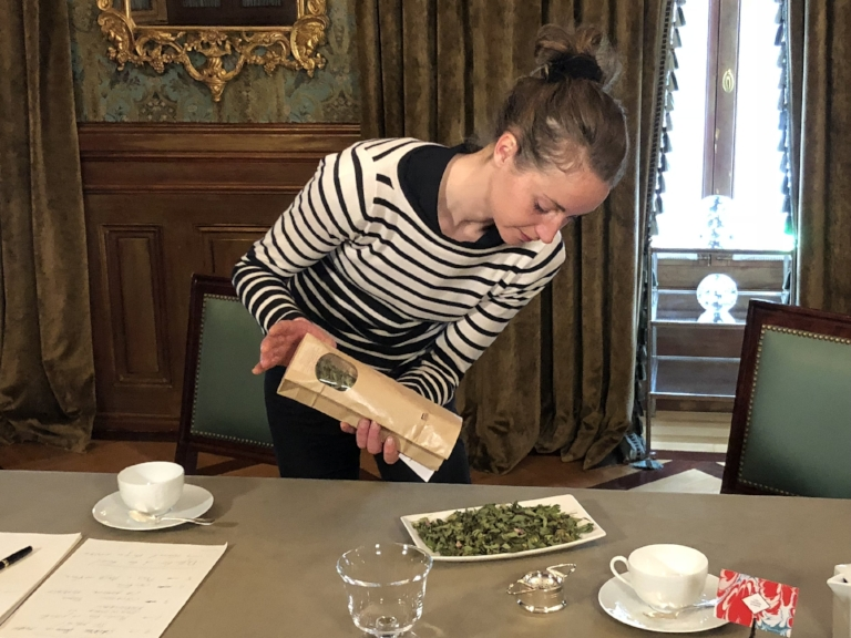 Anaïs Kerhoas - Official Herbalist of La Maison Hubert and her custom-made Belle des Bois mix created exclusively for our customers.