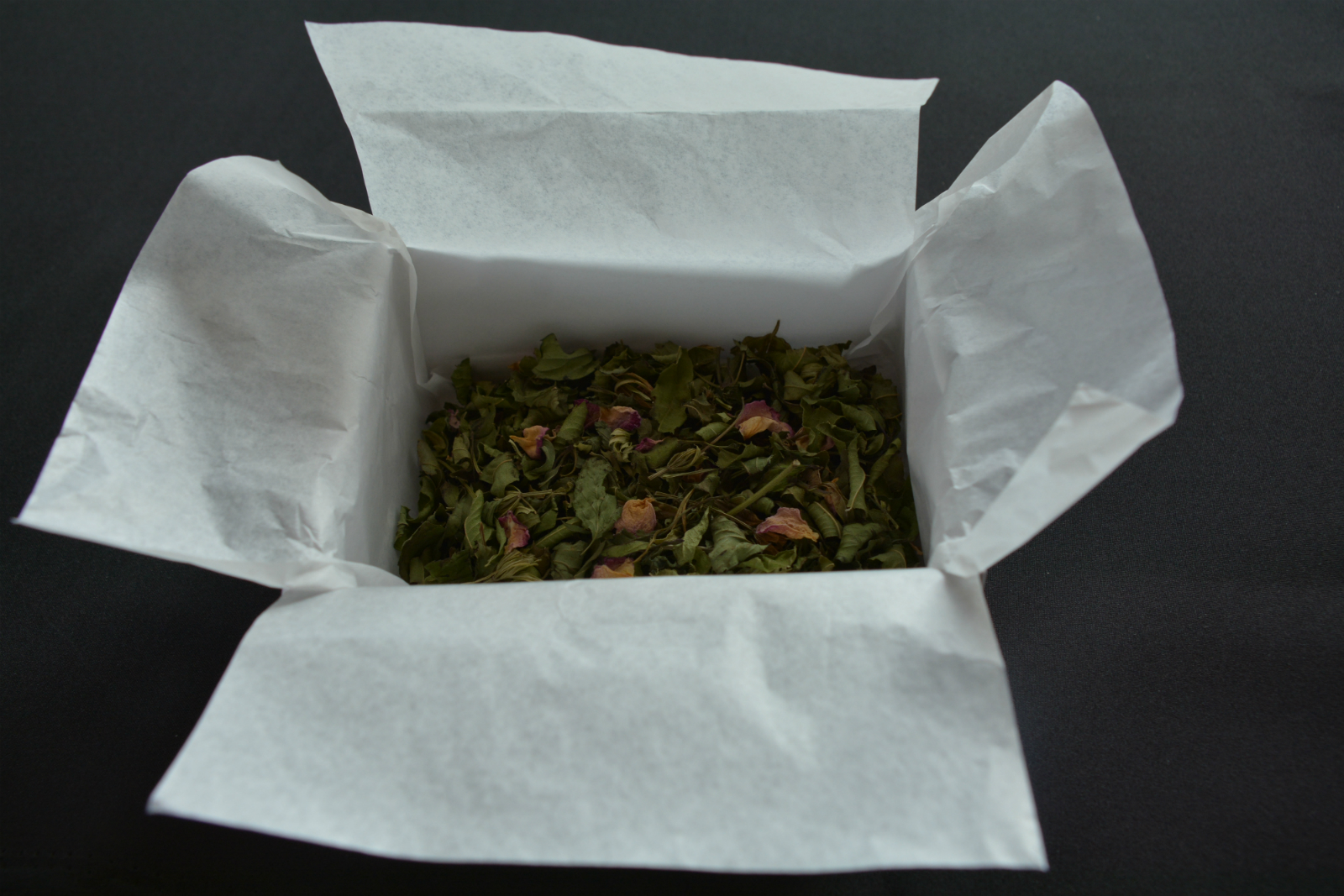 tisane-herbs_1600px.jpg