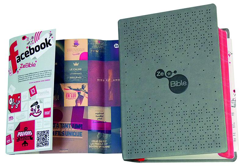 ZeBible papier - Cette édition complète de la Bible propose aux jeunes une pédagogie innovante et originale.
