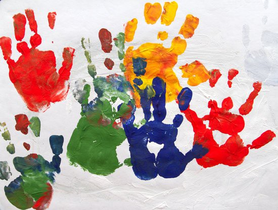 mains d'enfant.jpg
