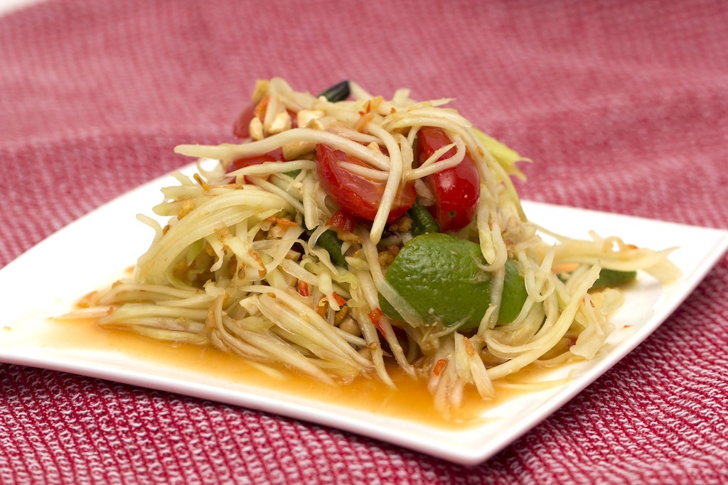 SOM TAM (GREEN PAPAYA SALAD)