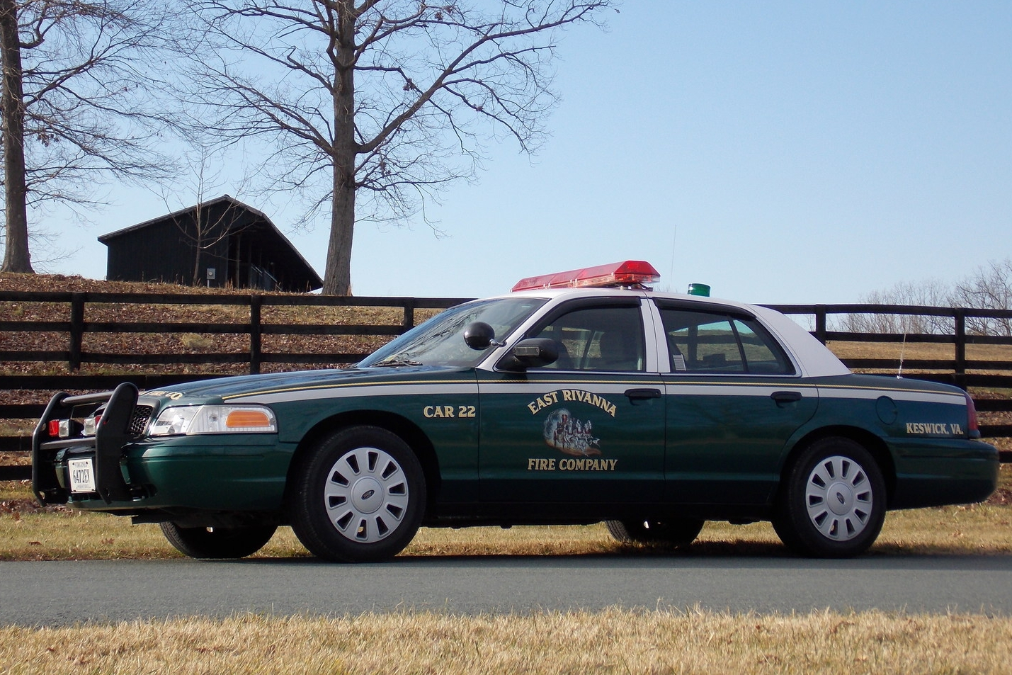 CAR 22   • 2007 FORD CROWN VICTORIA POLICE INTERCEPTOR • DUTY OFFICER/INCIDENT COMMAND VEHICLE