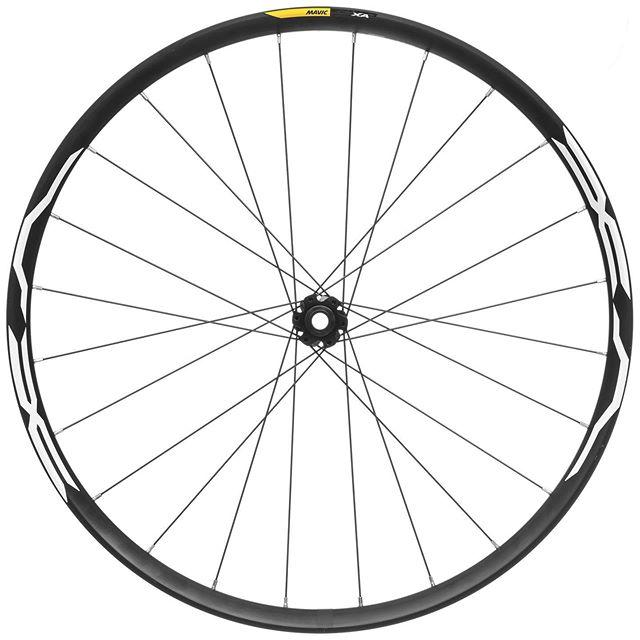 Ecommerce Photography- @wiggle_sport @dhbsport .  #wheel #ecommerce #cheltenham #imagery #black #white #spinme #capture #