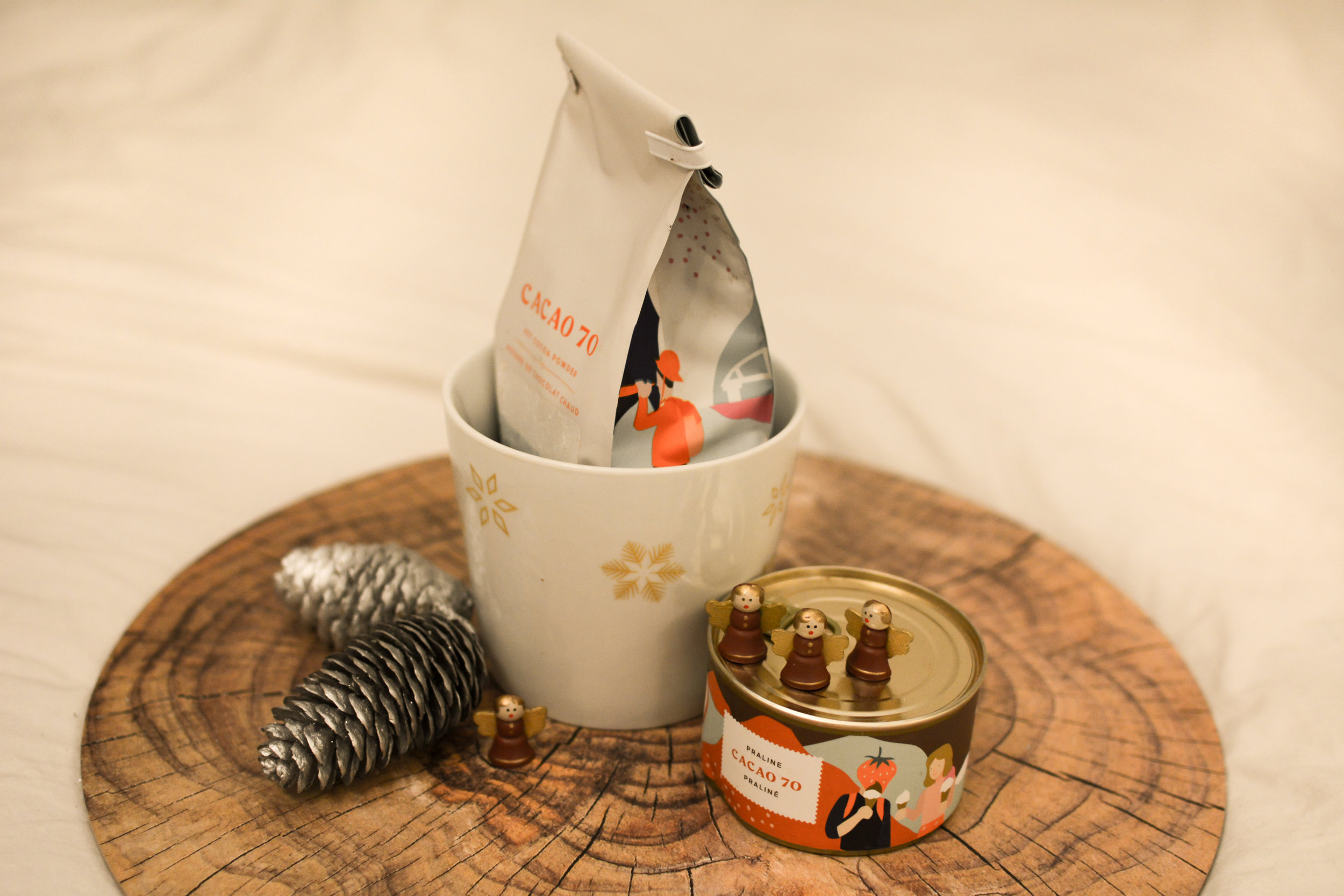 Cacao 70 Bundle   - The ultimate gift idea for the real foodie. The hot chocolate is exquisite and tastes like happiness in a cup . You should definitely try it!