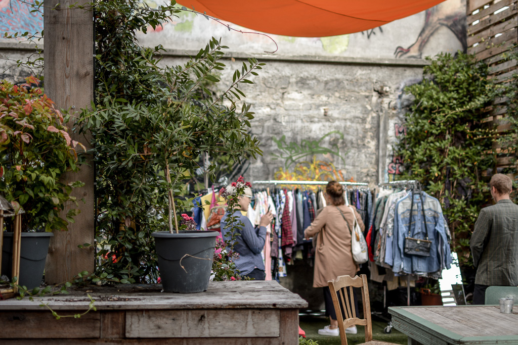 Thrift shopping at 88 Ménilmontant  -