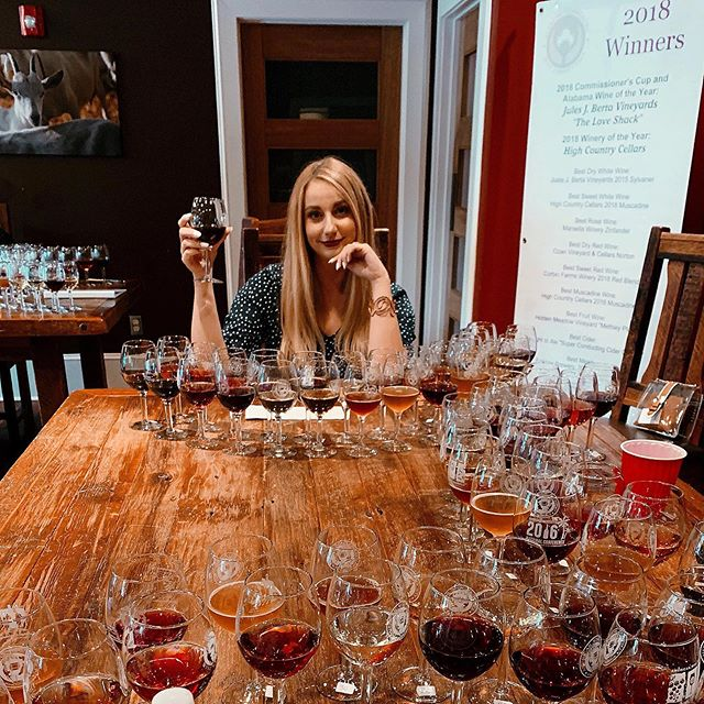 Today I tasted 50 wines before 1pm 🍷Thank you to the Alabama Commercial Wine Competition for having me as a competition judge, I have learned so much about how to look impressive at fancy parties. . 📍 @1892east . . . #acwc #alabama #alabamawine #alabamawineries #wine #winecompetition #localwine #judge #competition #wineries #ihearthsv #huntsville #huntsvillealabama #huntsvilleal #wino