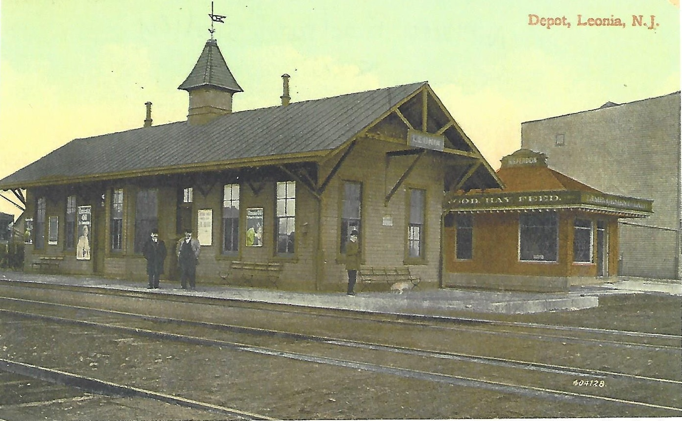 Northern Railroad station in Leonia 1880 - (Althea Eames Oliver Postcard Collection)