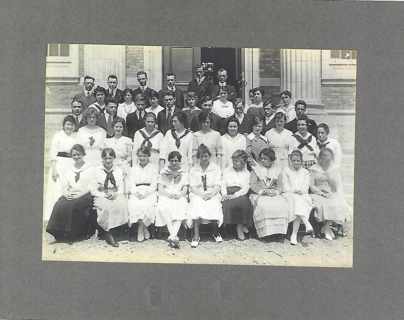 First Leonia High School graduating class 1917