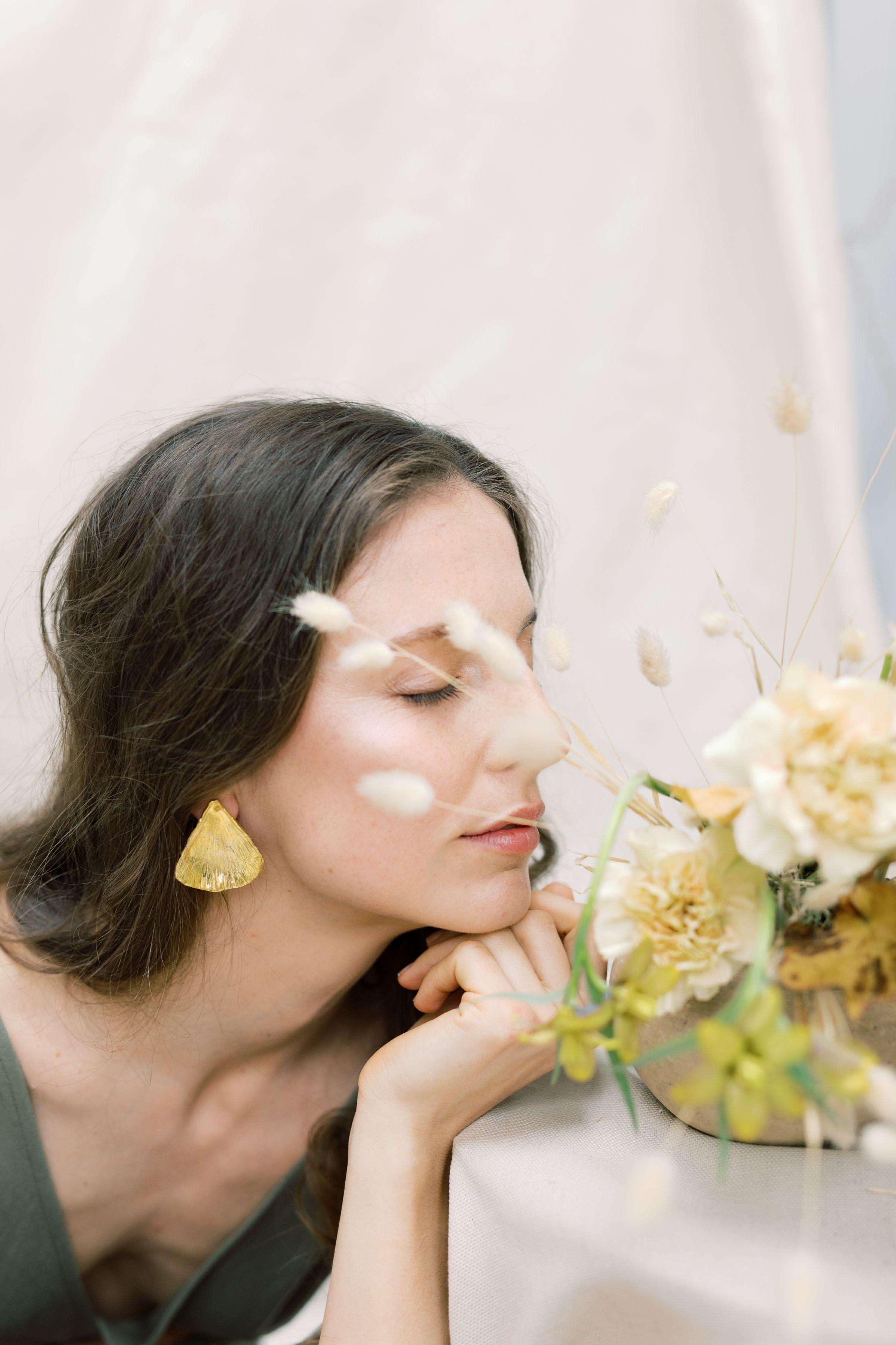 The Vesma earring handmade Sterling Silver earrings by Naturae Design.