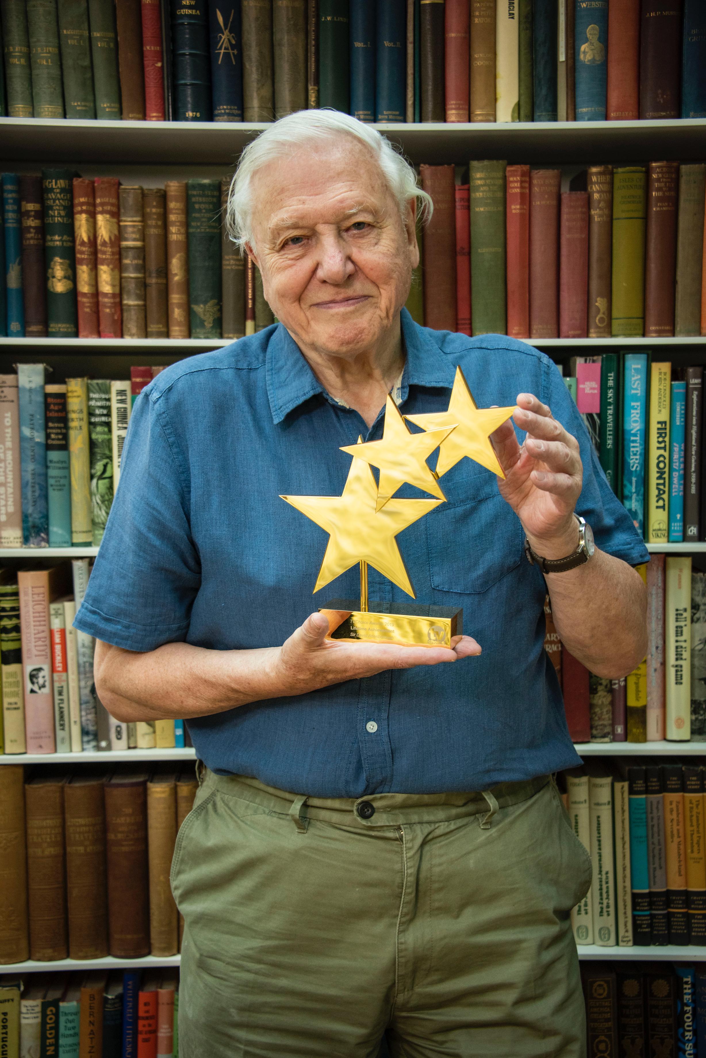 Sir David Attenborough TV Choice Lifetime Achievement Award 2019.jpg