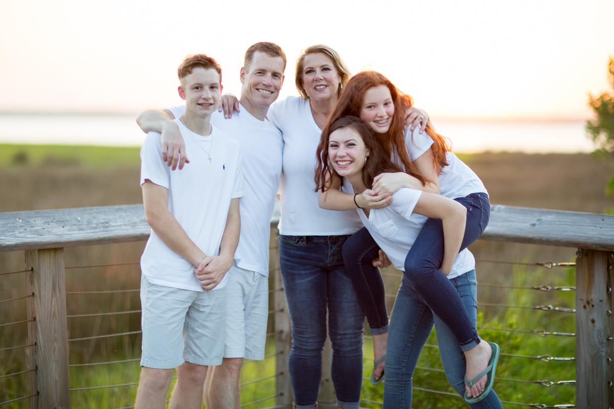 Campbell Family_O8A9199-524-01.jpg