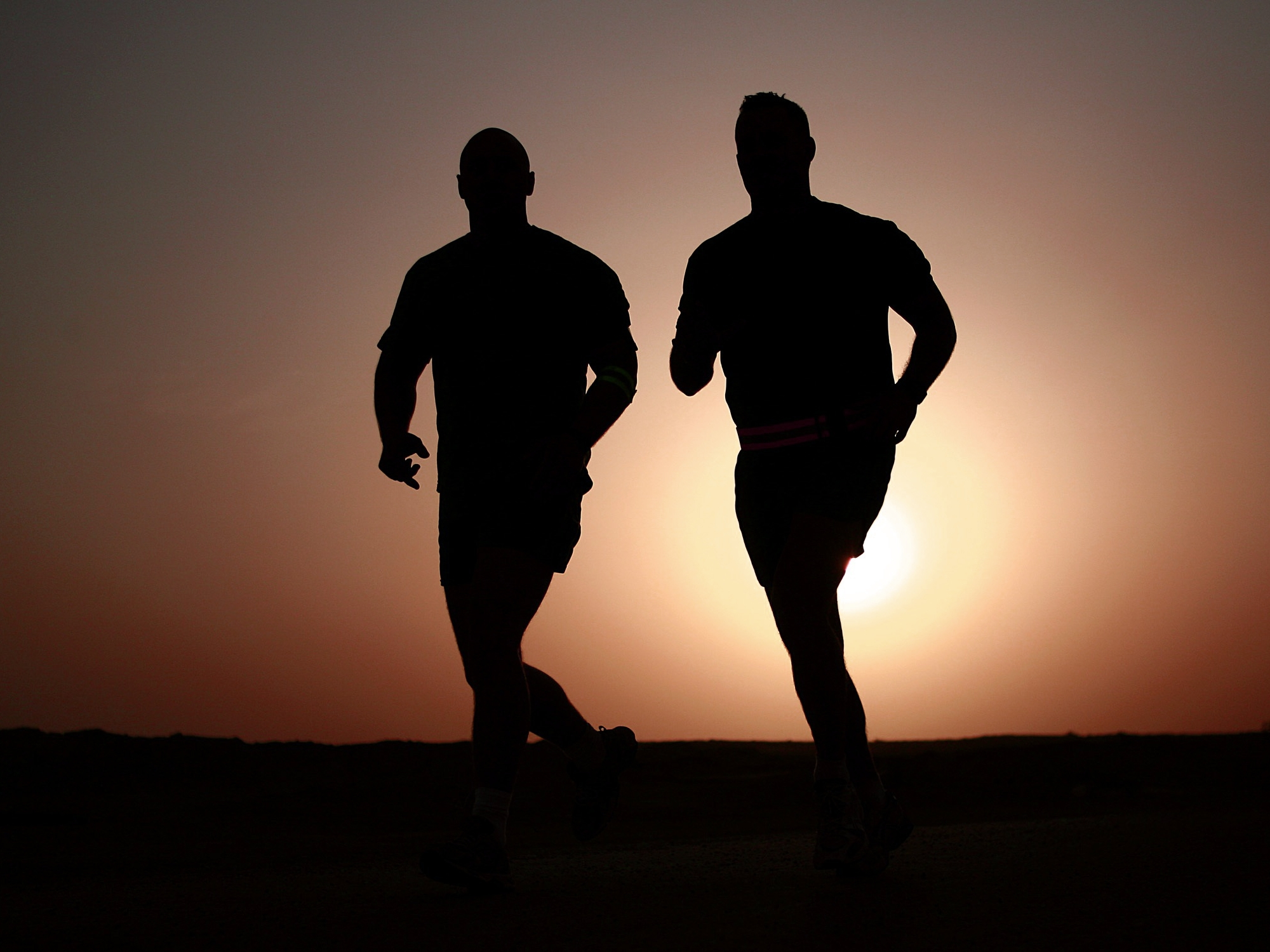 runners-silhouettes-athletes-fitness-39308a.jpg