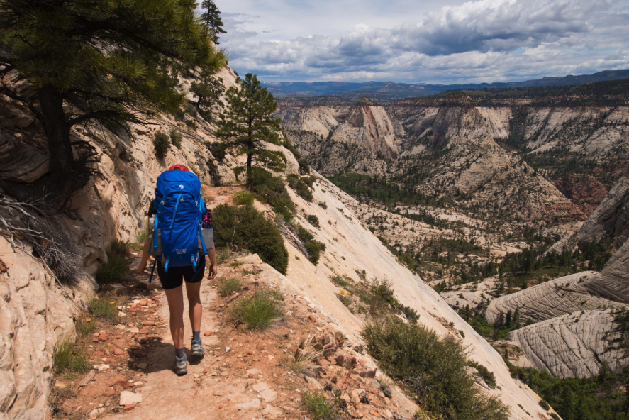 The #1 Ranked Beginner hiking TRAIL and trip - West RIM TRAIL in UTAH