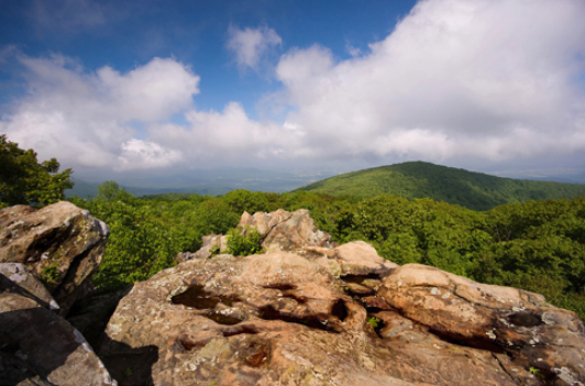 #2 best hiking trips, trails to visit: list by angeloutdoors.com