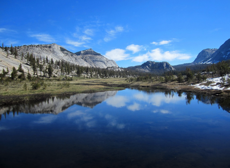 best hiking trip and trail in yosemite national park.