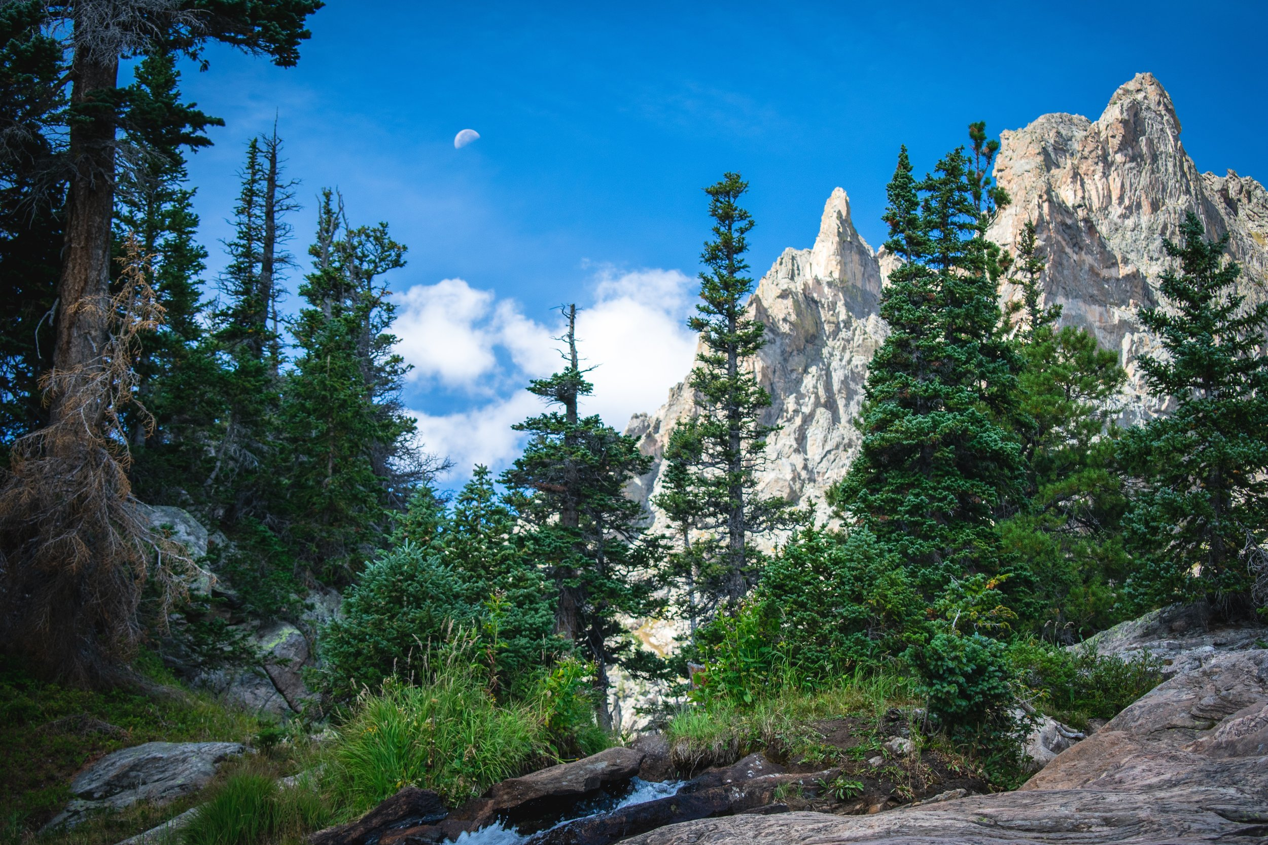 the best hiking trips, trails and Places to visit in colorado: list by Angeloutdoors.com