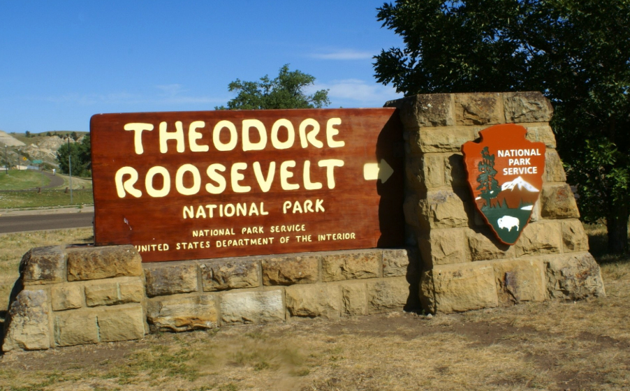 One of the best national parks in america : #2 in the midwest - Theodore roosevelt national park in North Dakota