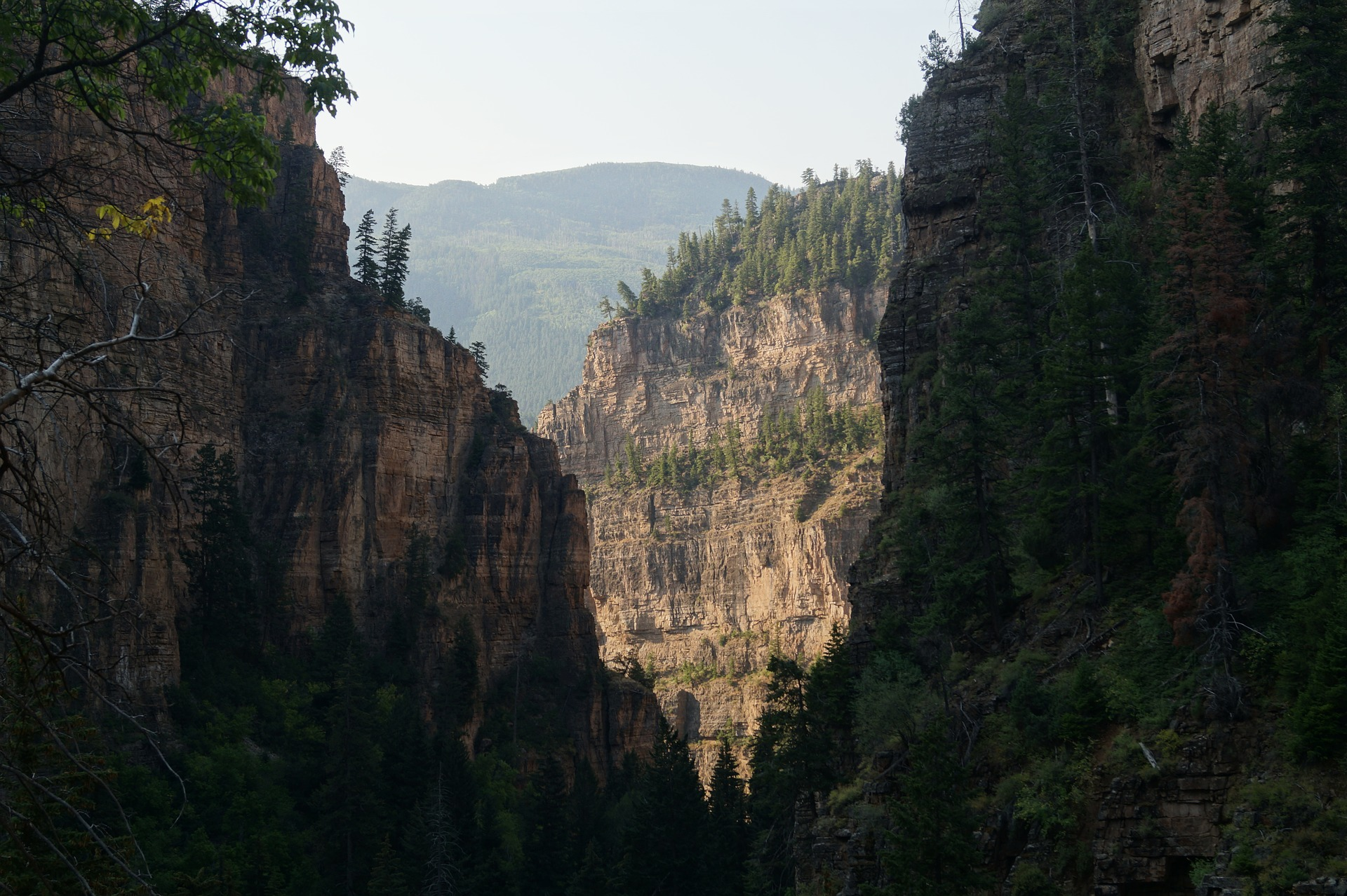 the trail to hanging lake is beautiful and is one of the best hiking trips in colorado