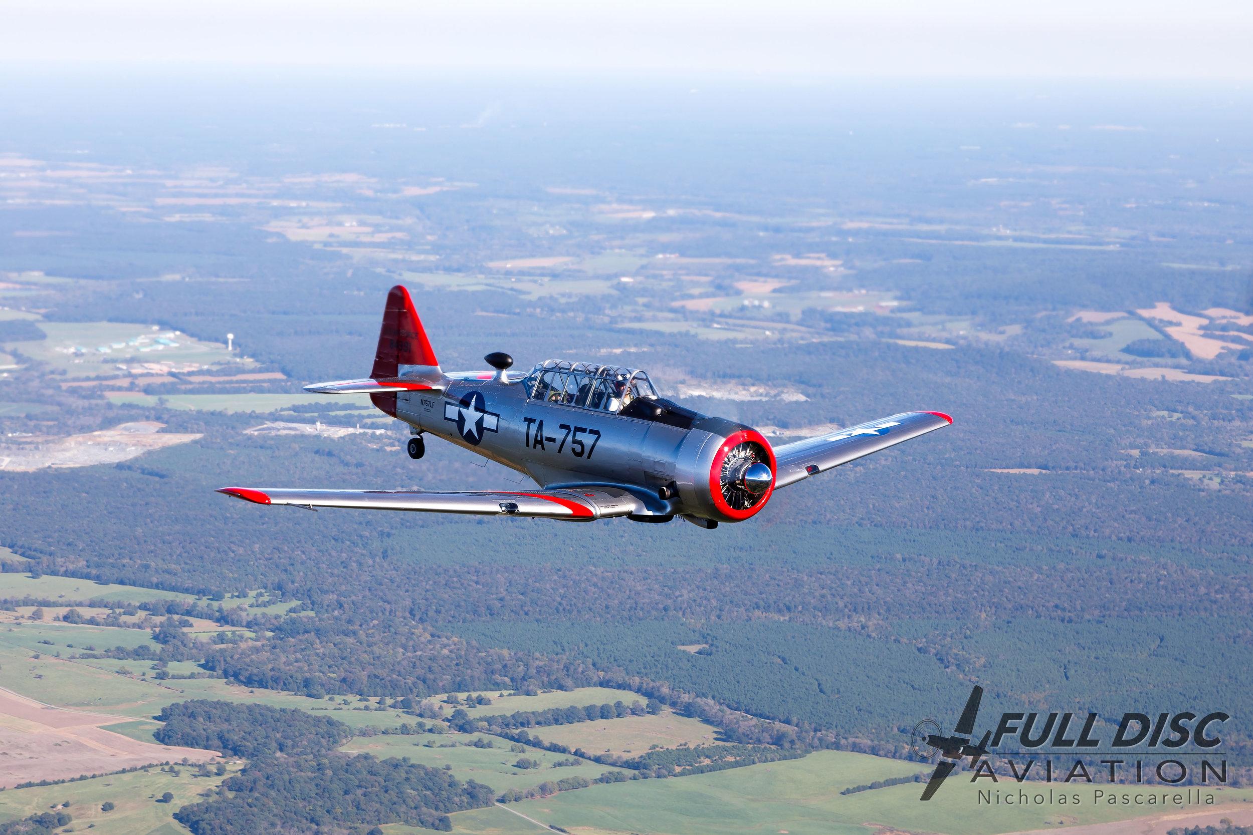 T6_full_disc_aviation_a2a_flying.jpg