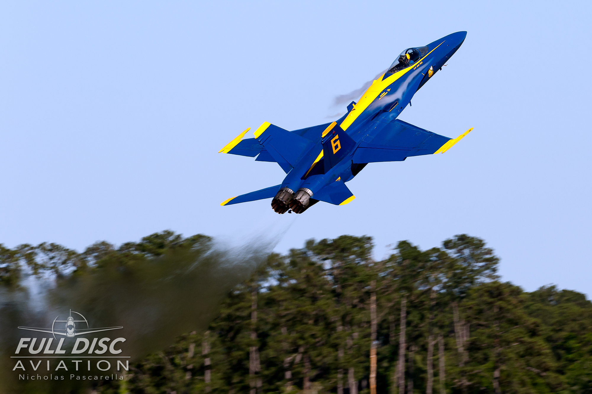 blueangels_takeoff_nicholaspascarella_fulldiscavation_aviation_airshow.jpg