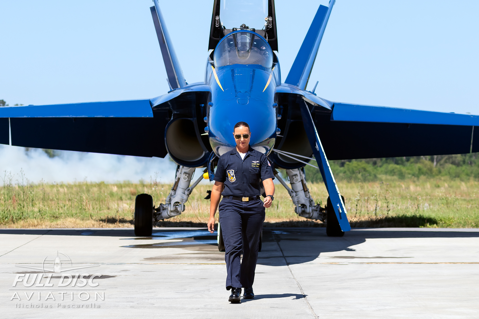 usnavyblueangels_nicholaspascarella_fulldiscavation_aviation_airshow.jpg