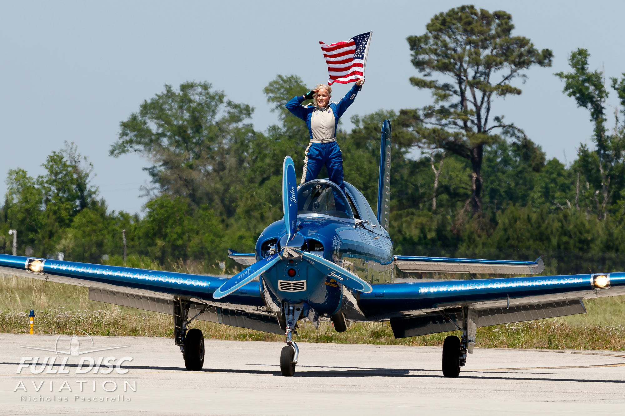 julieclark_flag_mcasbeaufort_nicholaspascarella_fulldiscavation_aviation_airshow.jpg