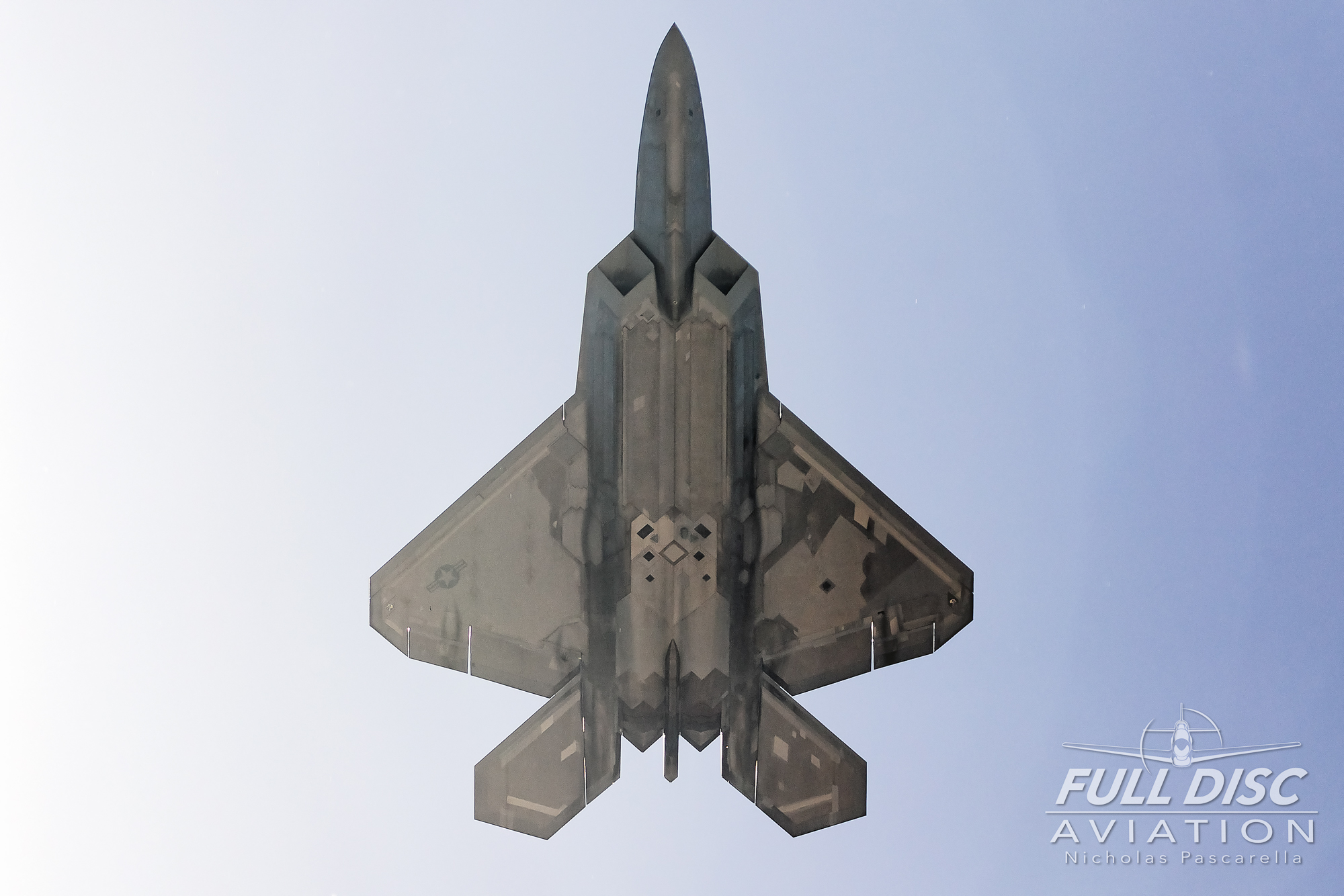 raptor_f22_mcasbeaufort_nicholaspascarella_fulldiscavation_aviation_airshow.jpg