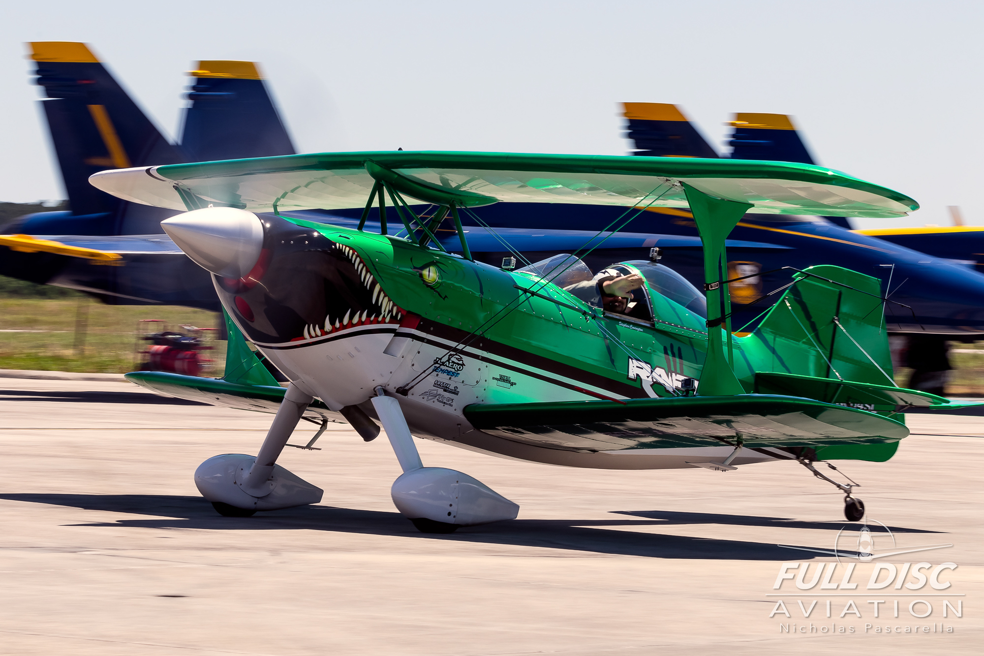 srcairshows_taxi_mcasbeaufort_nicholaspascarella_fulldiscavation_aviation_airshow.jpg