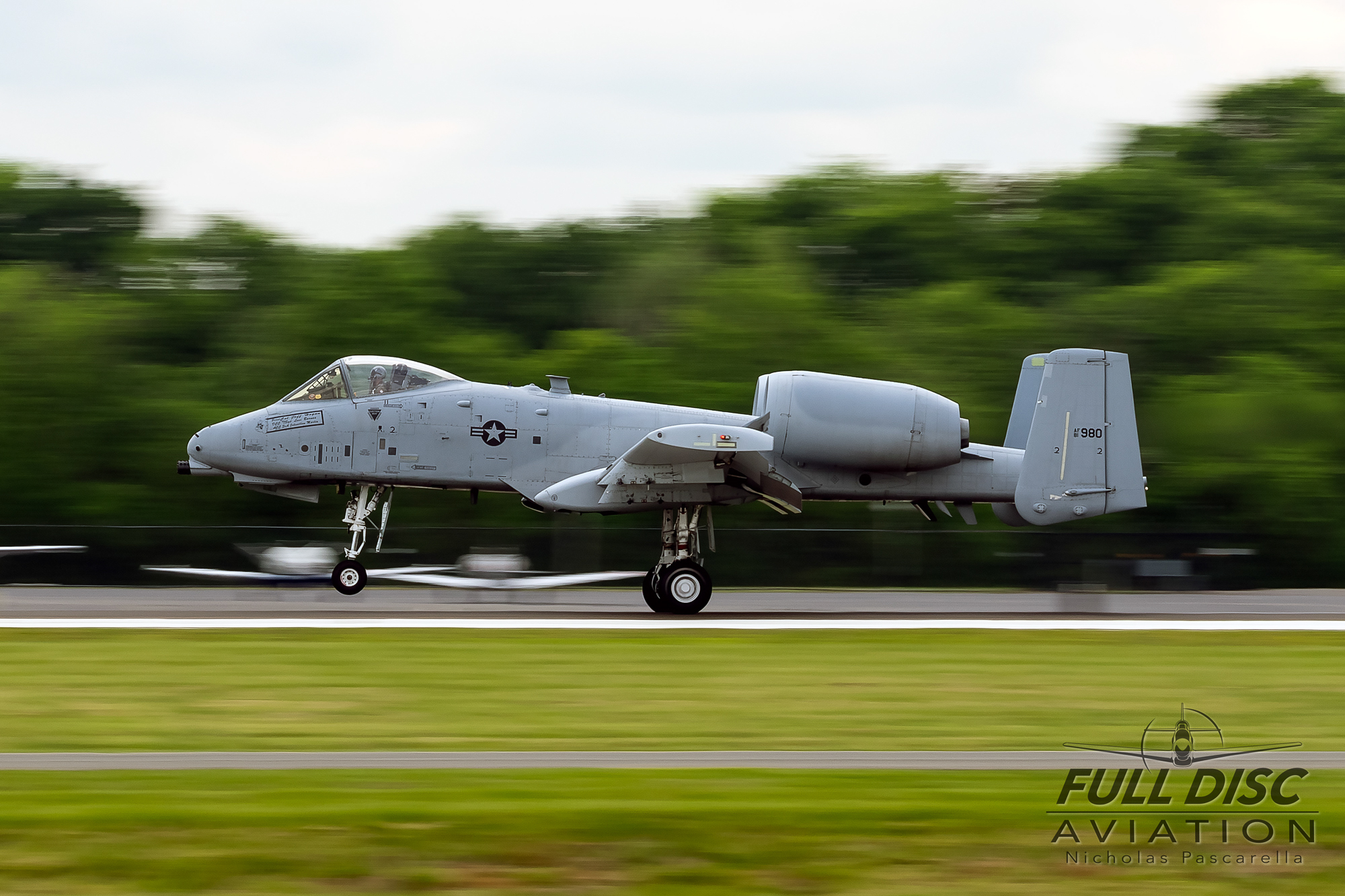 landing_a10demoteam__aviation__nickpascarella_nicholaspascarella_fulldiscaviation_leasewebmanassasairshow.jpg