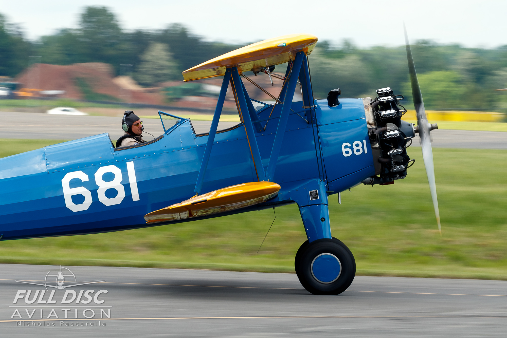 flyingcircus_taxi_stearman__aviation__nickpascarella_nicholaspascarella_fulldiscaviation_leasewebmanassasairshow.jpg