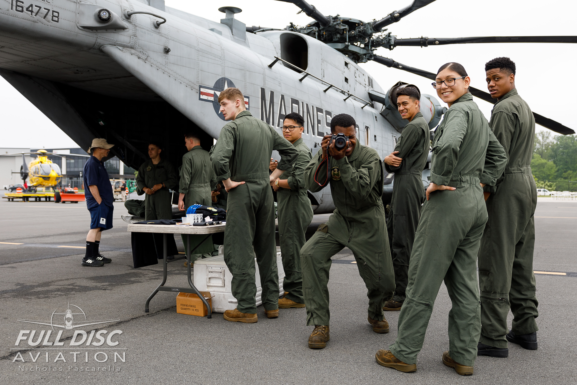 ch53_aircrew_photoofaphoto_seastallion_marines_usmarines__aviation__nickpascarella_nicholaspascarella_fulldiscaviation_leasewebmanassasairshow.jpg