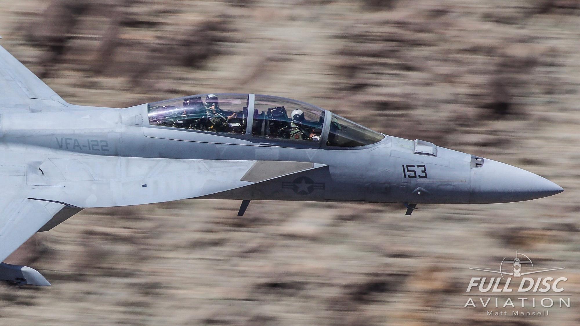 mattmansell_fulldiscaviation_f18_superhornet_cockpit.jpg