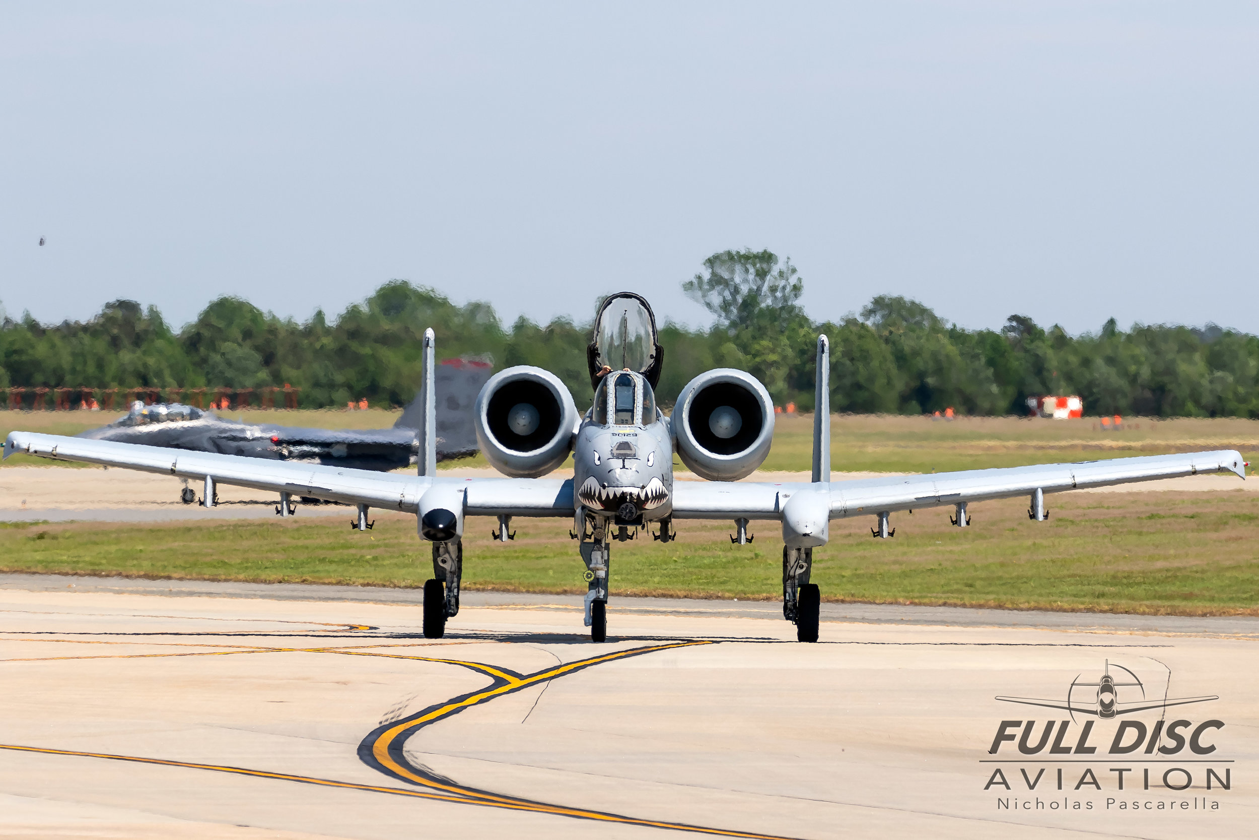 a10_warthog_taxi_flyingtigers_wingsoverwayne_seymourjohnsonafb_nicholaspascarella_fulldiscavation_aviation_airshow.jpg