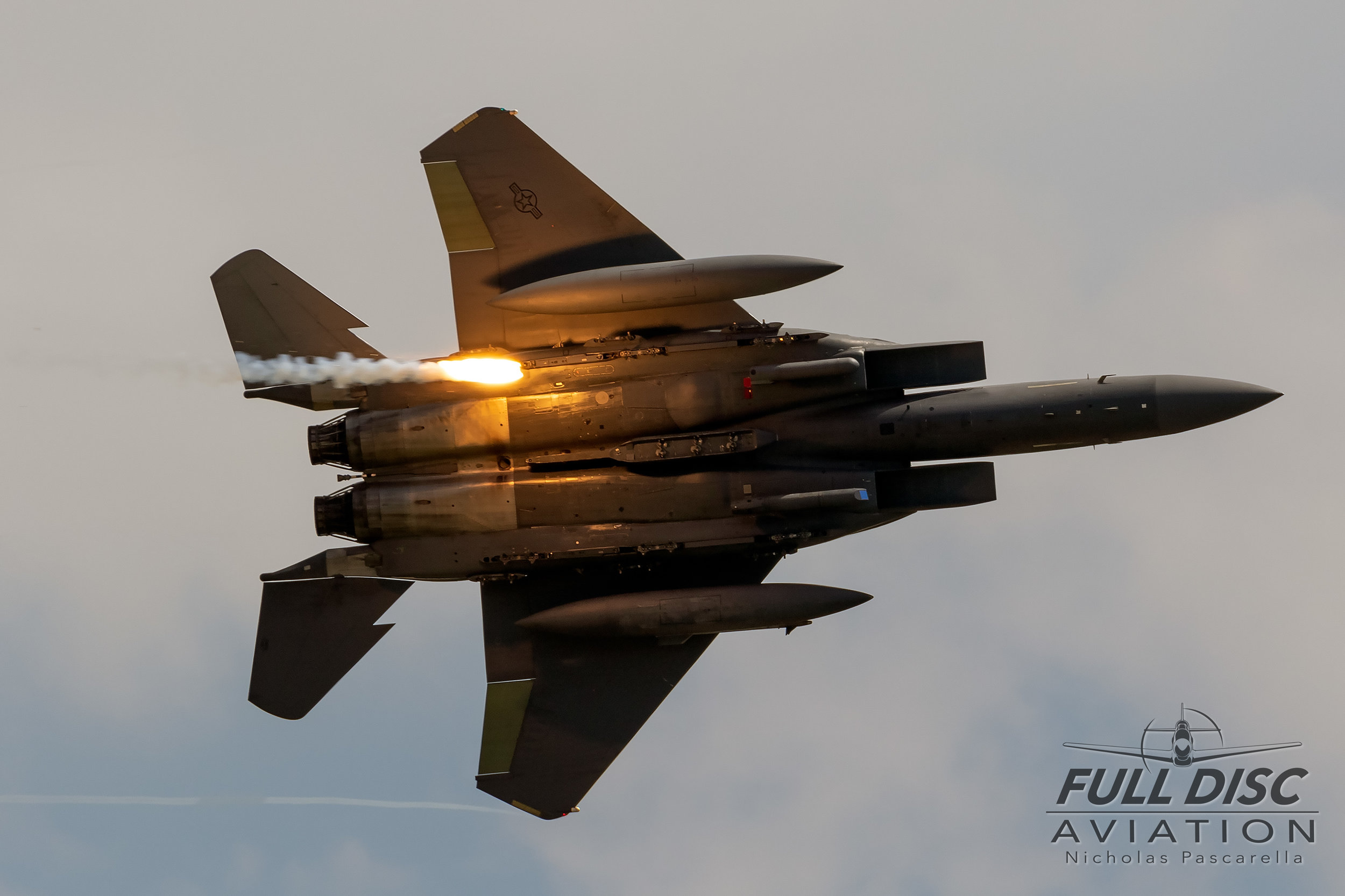 f15_strikeeagle_flare_wingsoverwayne_nicholaspascarella_fulldiscavation_aviation_airshow.jpg