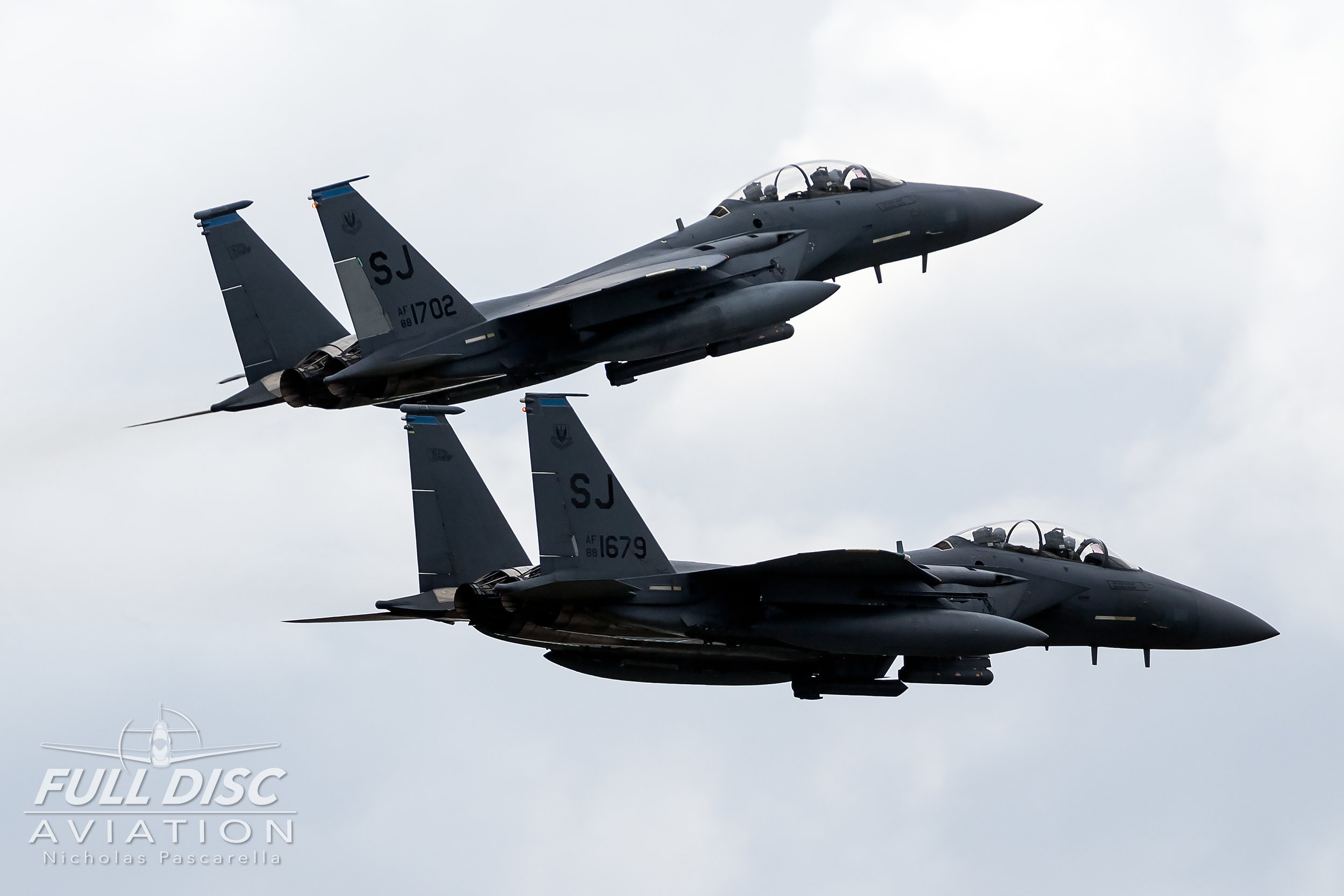 strikeeagles_wingsoverwayne_seymourjohnsonafb_nicholaspascarella_fulldiscavation_aviation_airshow.jpg