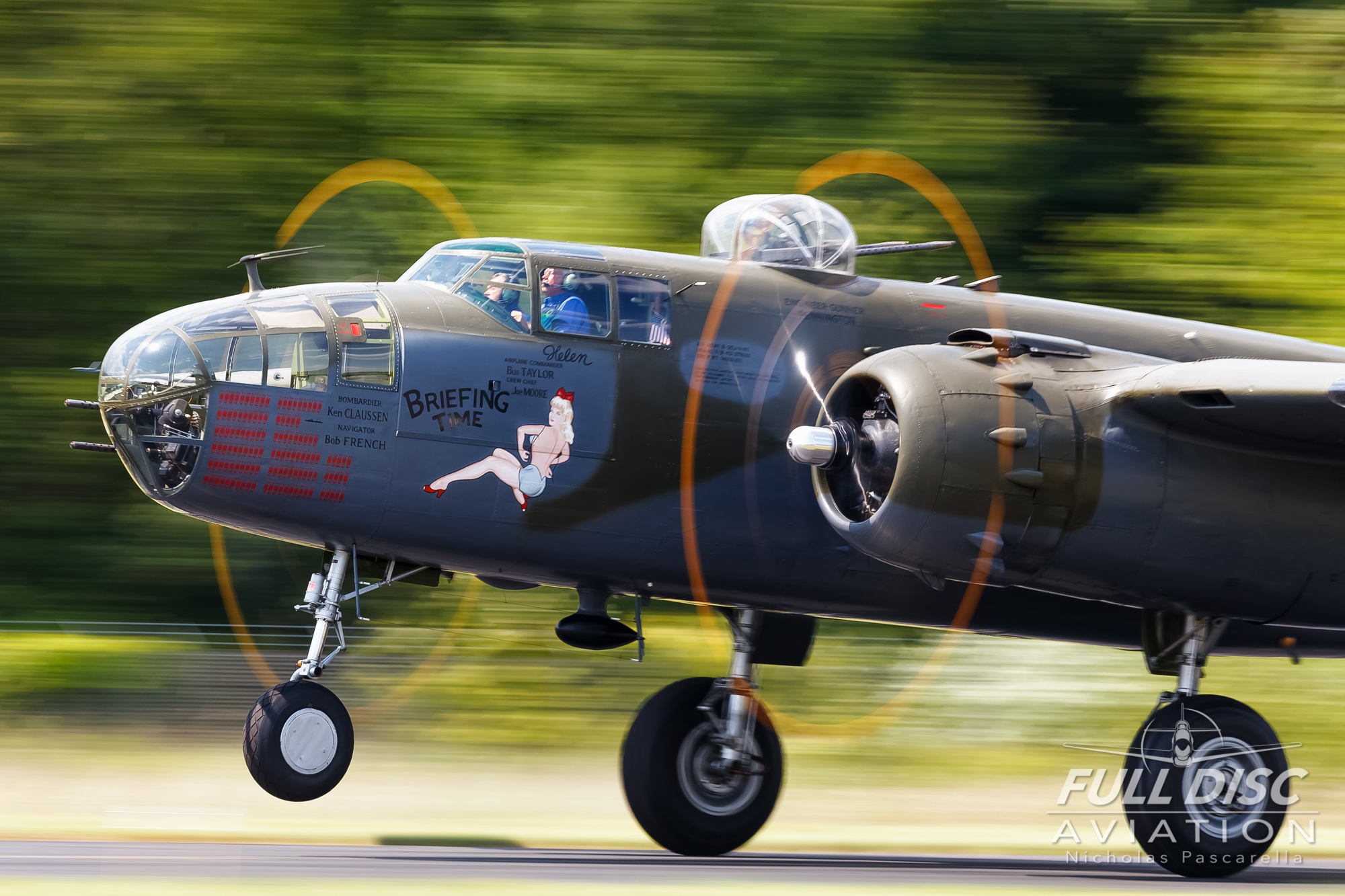 nickpascarella_nicholaspascarella_fulldiscaviation_aircraft_b25_mitchelbomber_takeoff.jpg