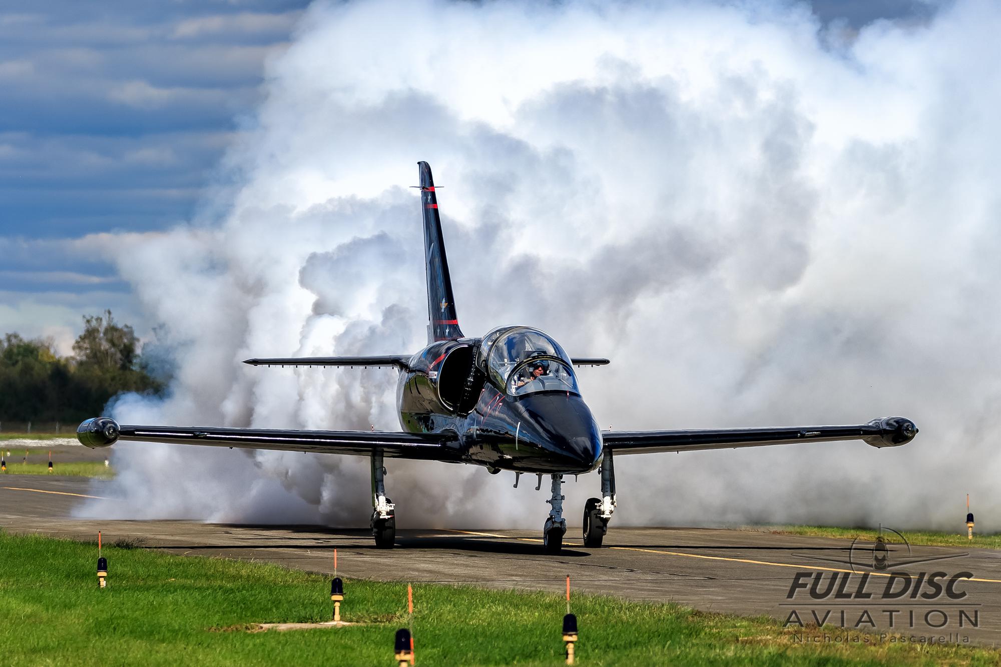 nickpascarella_nicholaspascarella_fulldiscaviation_aircraft_l38_albatross_smoke.jpg