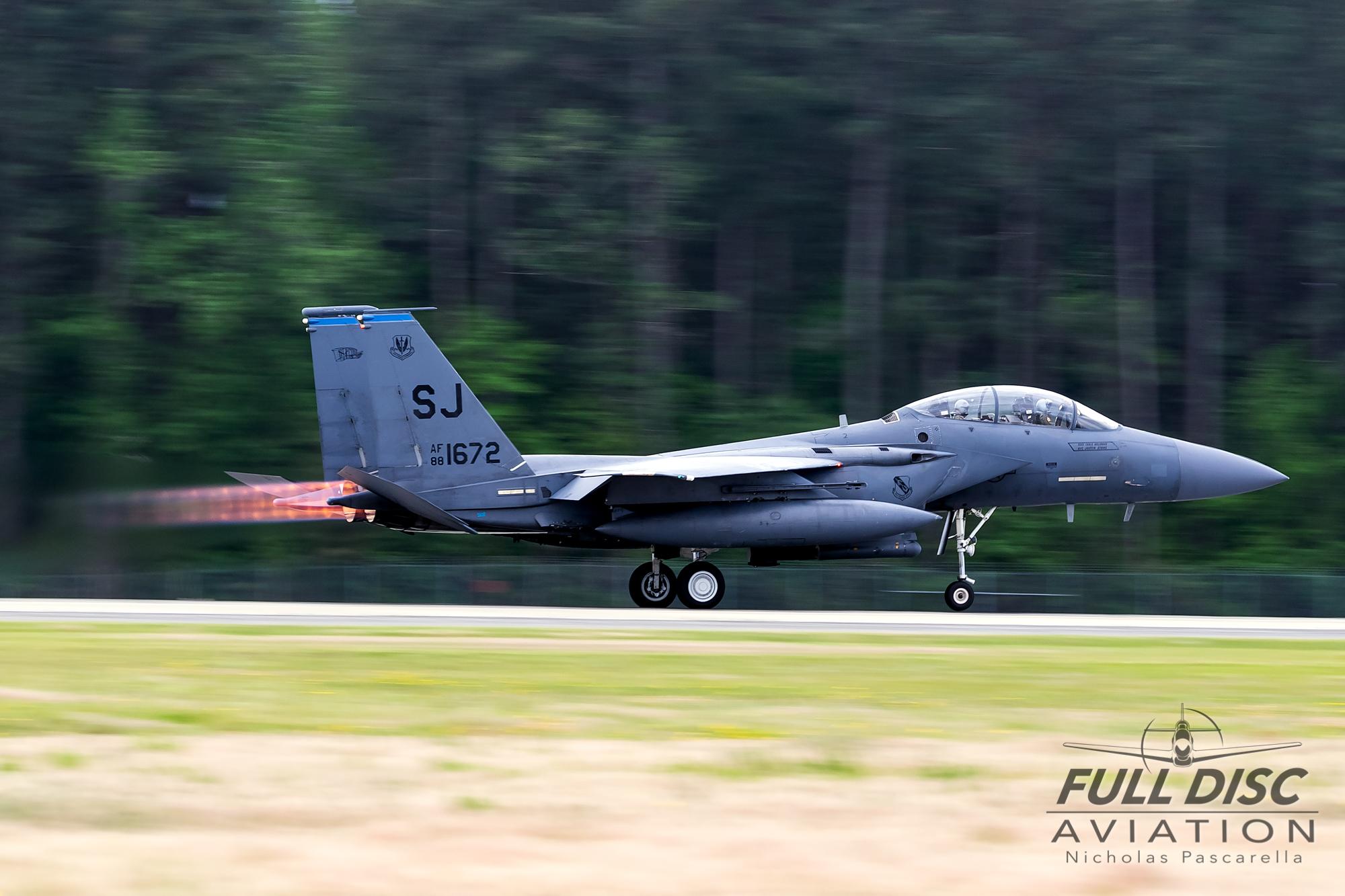 nickpascarella_nicholaspascarella_fulldiscaviation_aircraft_f15_afterburner_takeoff.jpg